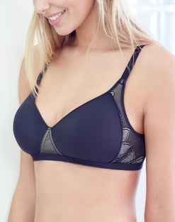 WonderBra Smooth Wirefree Bra